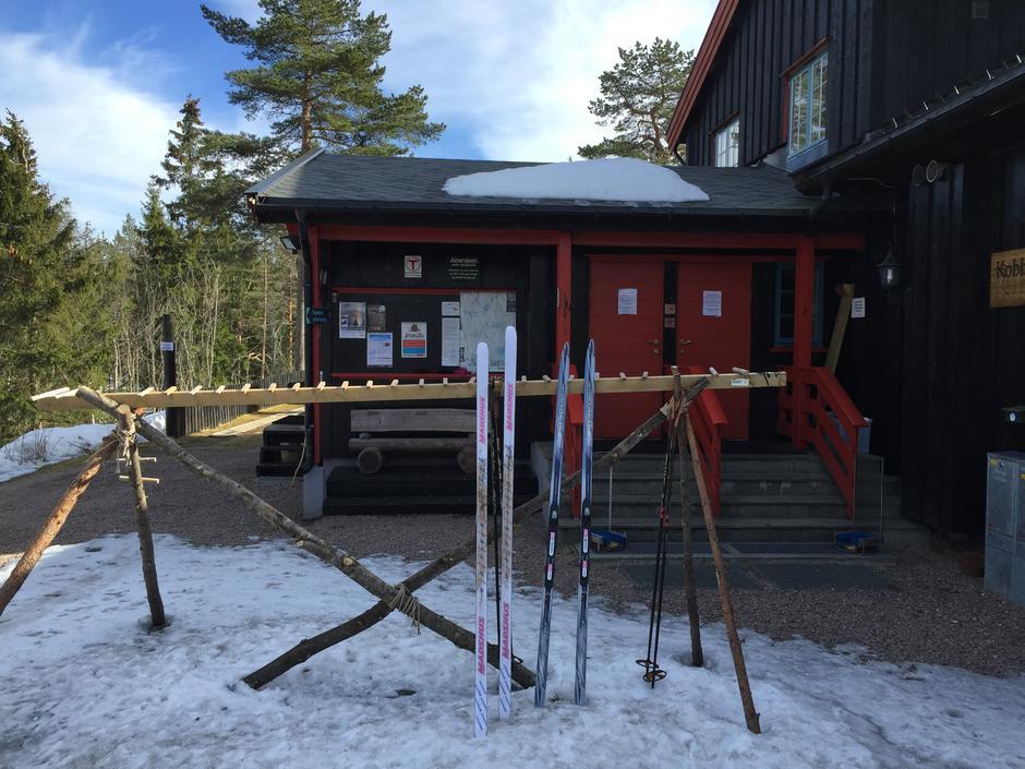 Skistativet ennå i bruk på Kobberhaughytta