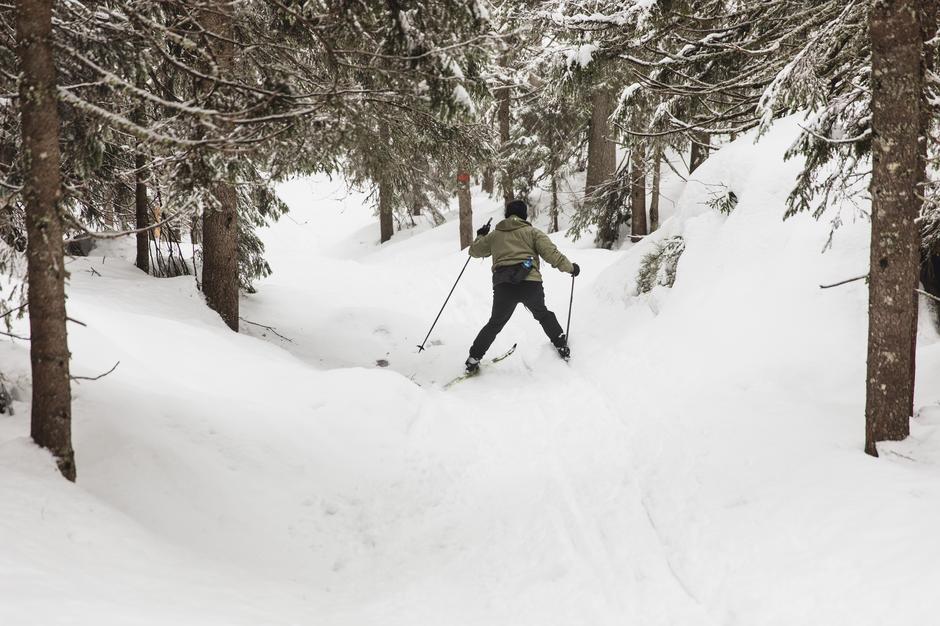 BRATT OG ULENDT: - Jeg tar av prinsipp ikke av meg skiene.