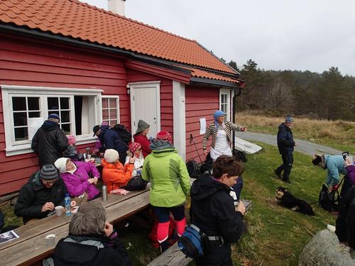 Eit tjuvetalls deltakere på Lundarstølsmarsj