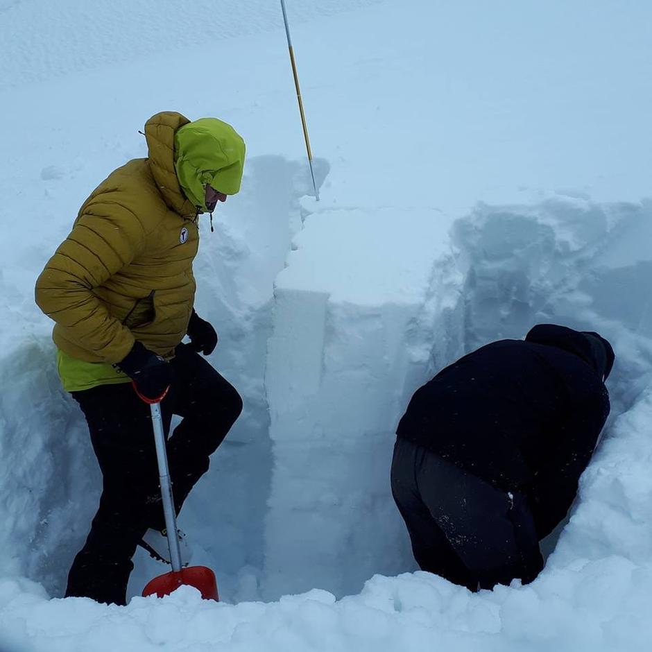Graving av snøprofiler er obligatorisk under skredkurs