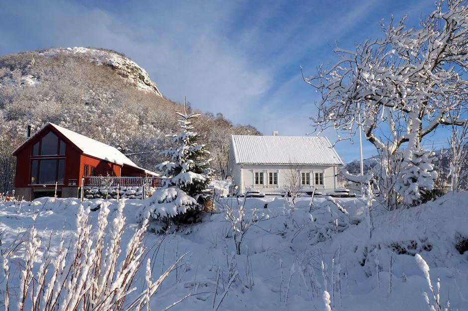 Kanskje kommer snøen sammen med nissen første søndag i advent.