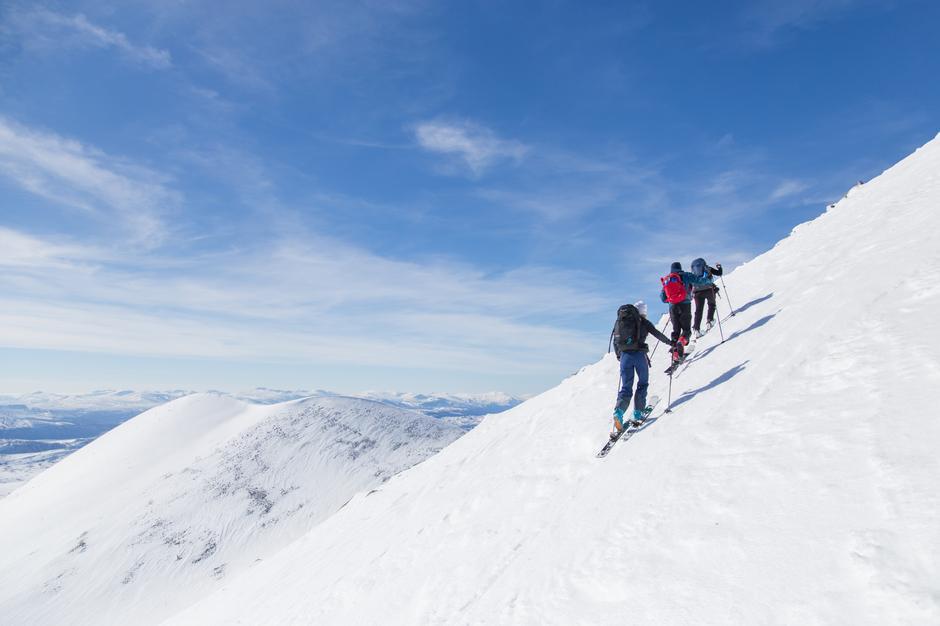 OPPTUR: Med moderne randonnéeutstyr er Ljosåbelgen en flott topptur fra Rondvassbu - med ei fantastisk utforkjøring til Mysuseter som bonus.