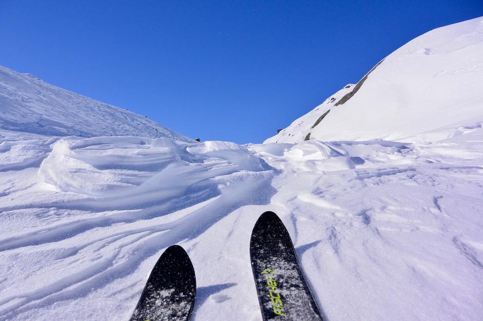 Skavler kan gi travel skiføre.