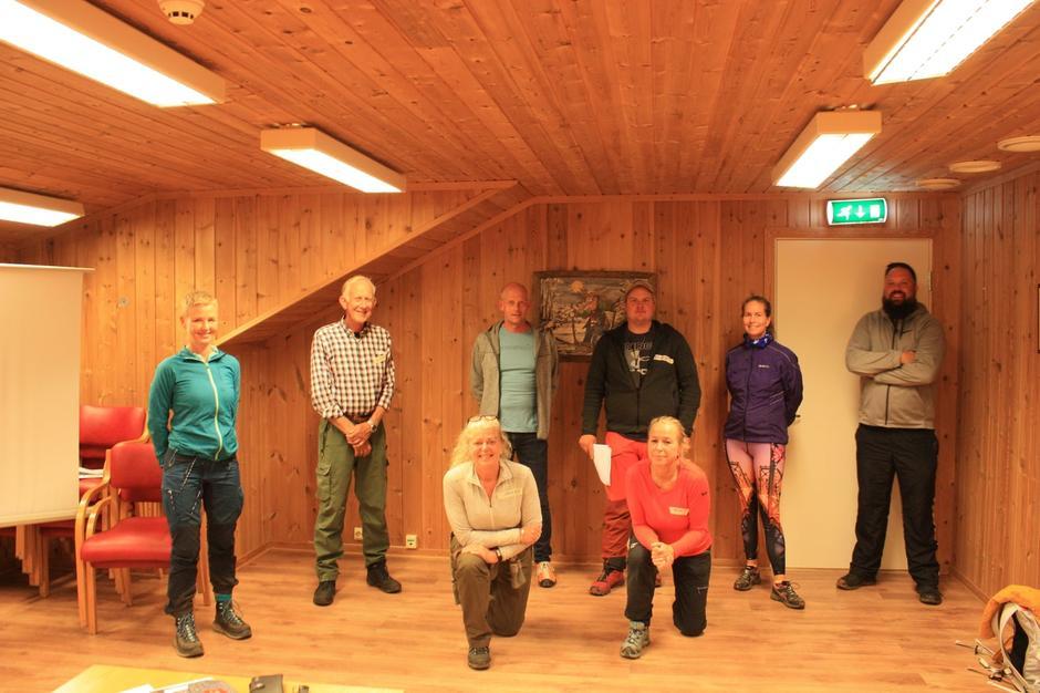 Nye nærturledere på kurset på Lyngrillen, Brokelandsheia 14.09.2020.