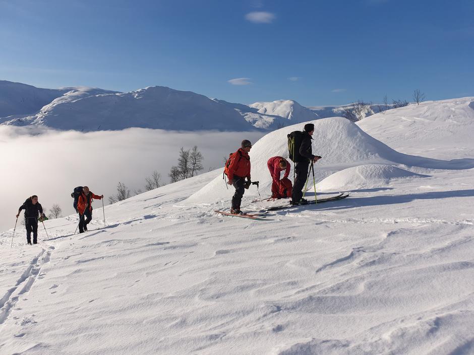 6 deltakarar tok del på SFT- fjellsport sitt skredkurs 7.-9. februar.