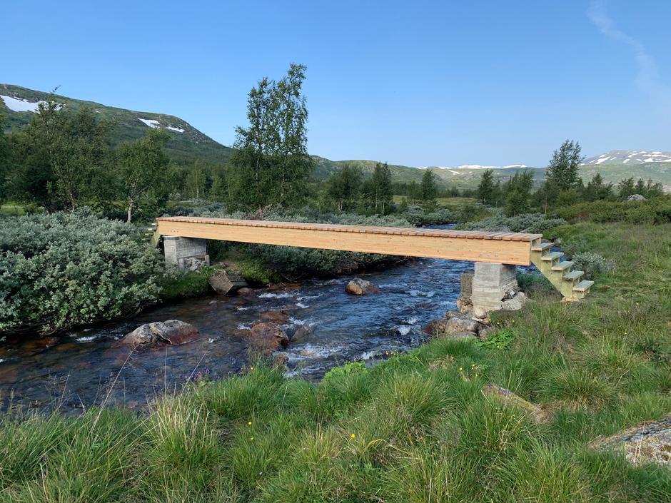 Tirsdag 11.8: Ny bro ved Berastølen på ruten Liseth - Hadlaskard på Hardangervidda