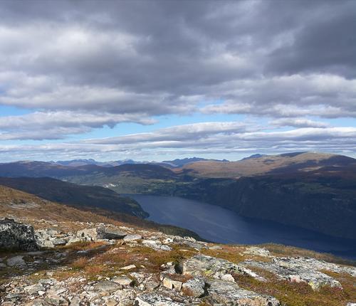 Utsyn frå Snøfjellet mot Nordfjorden