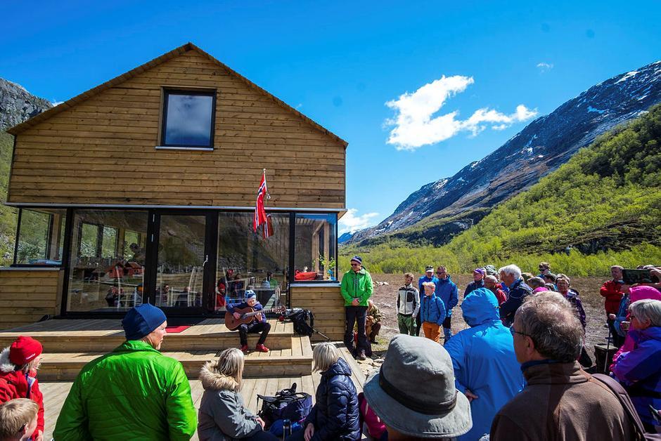Åpning av ny hytte i Viglesdalen