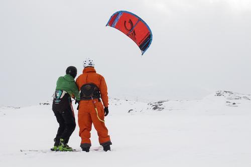 Kitekurs med kitesurfing.no