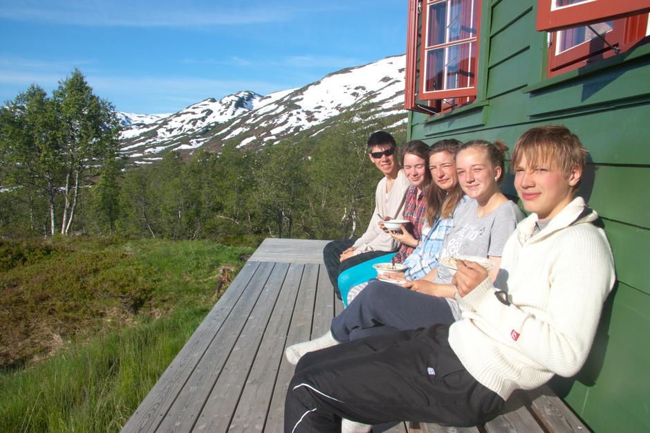 Hytteveggen på Solrenningen.