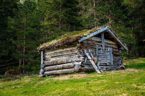 Gamle bygg i Herresdalen