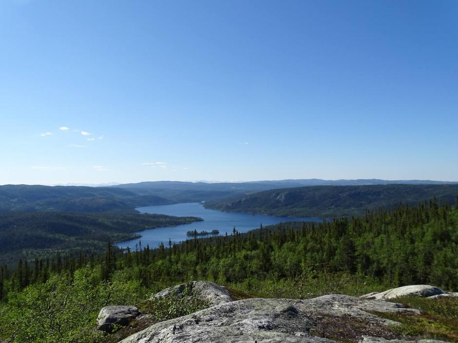 Strøen sett nordover fra Slapiggen 1031 moh