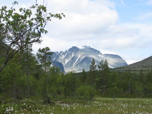 Mot Rondeslottet - på turen mellom Straumbu og Bjørnhollia.Foto Sven Hove