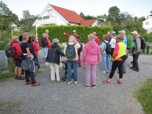 Odd informerer om Sandøya.