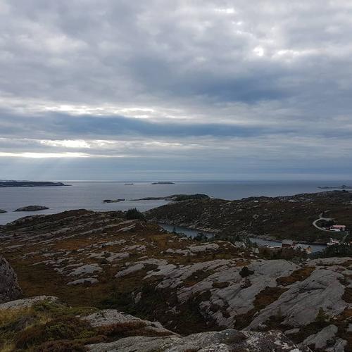 Utsikt mot Marsteinen fra Selefjellet