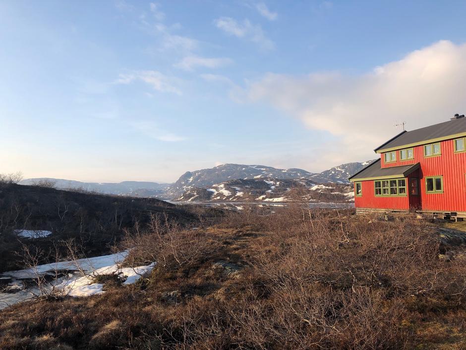 Nå er det mulig å gå med gode fjellsko til Taumevatn.