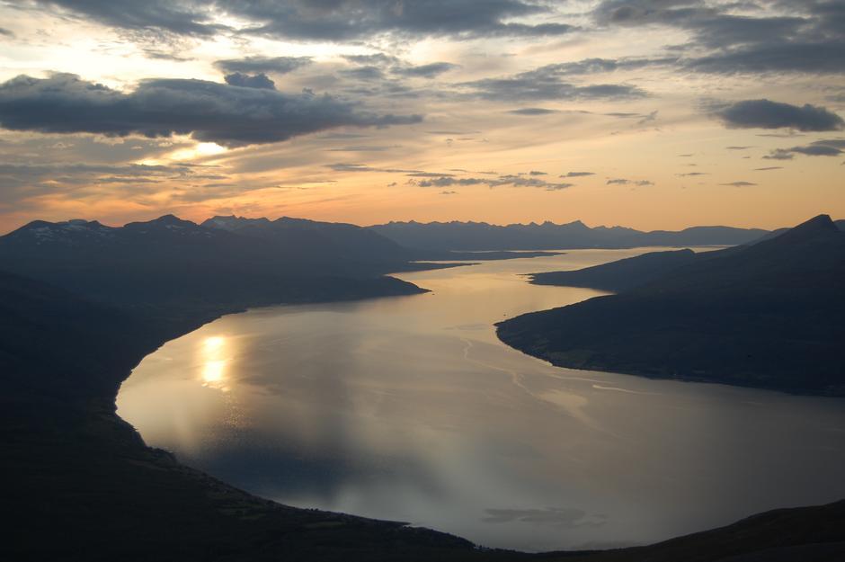 Utsikt  fra Fugltind mot Malangen