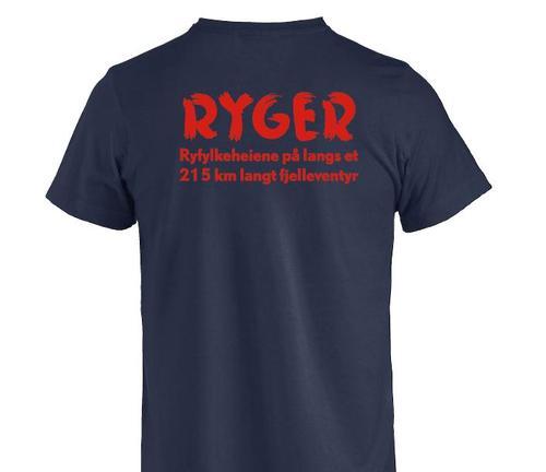 For kun kr 355,- er denne flotte t-skjorten fra Bergans og med flott tekst på rygger din.  Kom innom Tursenteret i Stavanger.
