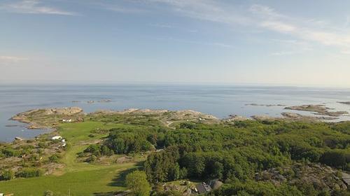 «90 klippen» og «Toppturer i Larvik» ligger nå på SjekkUT.