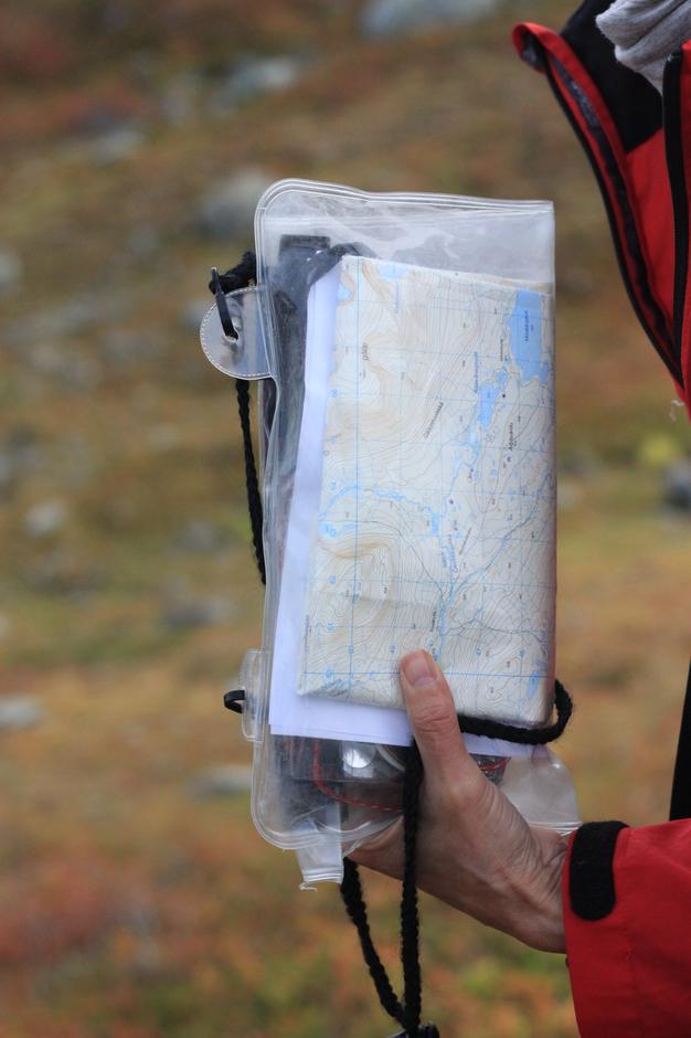 Opplæring i bruk av kart og kompass var en viktig del av turlederutdanningen.