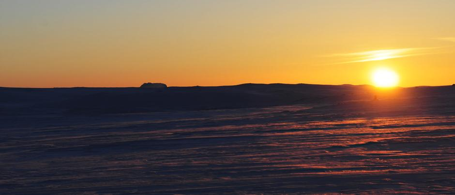 HARDANGERVIDDA: Hårteigen i solnedgang.