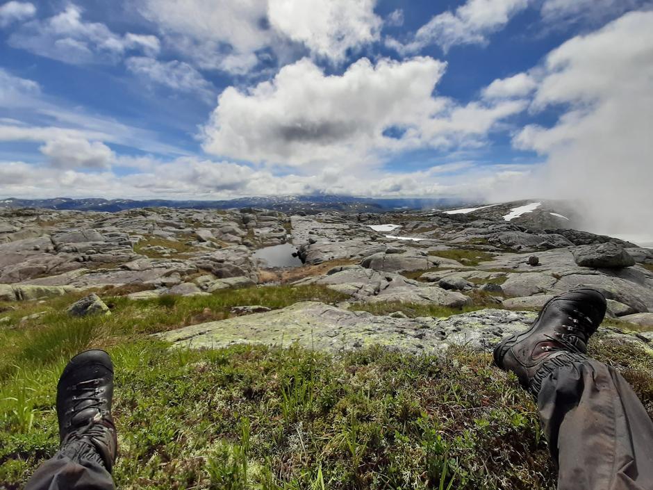 Salomonsknuten øst for Lysebotn. Bilde tatt 8. Juli