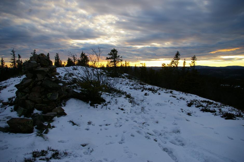 Solnedgang over Skreikampen.
