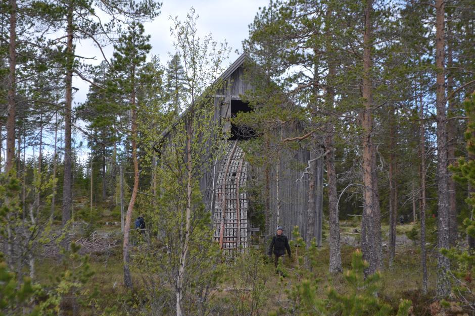 Torvstrøfabrikken sett fra myra