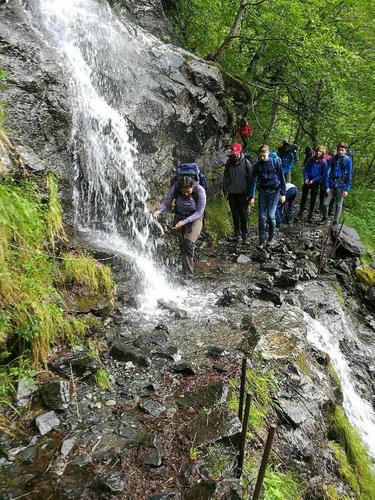 Oppturvinnere på tur i Aurlandsdalen