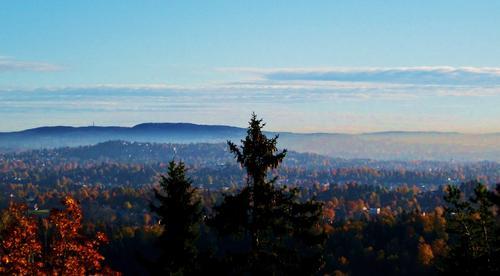 Utsikten fra KIF-hytta på Kolsåstoppen!