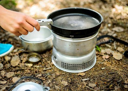 Lag din egen 3-retters middag i naturen ons. 23.mai