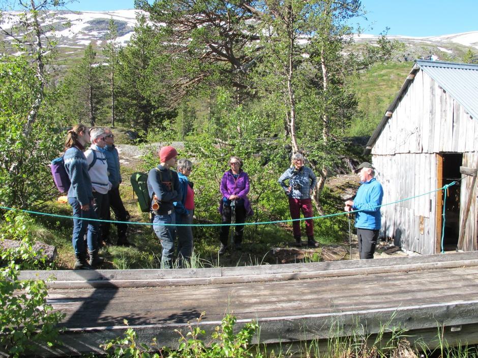 Turleder Åsmund Skålvik forteller om Reindalsaga