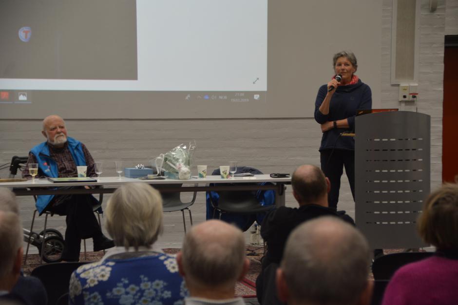 Liv Arnesen er turvenn og kollega av Einar Skage Andersen. Hun er også turleder i Bærum Turlag og hjelper oss med den nye ungdomssatsingen