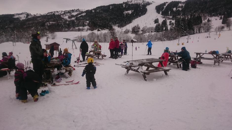 Store og små kosa seg ved Sogn skisenter