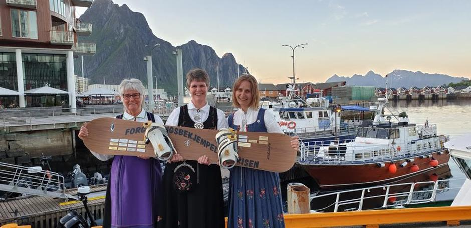 Aud Norstad, Margrete Ruud Skjeseth og Ragnhild Narum på DNTs landsmøte i 2019.