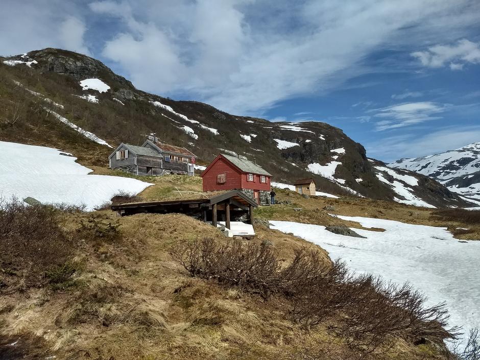 Lørdag 19.5: BT-hytten ved Mjøfjell