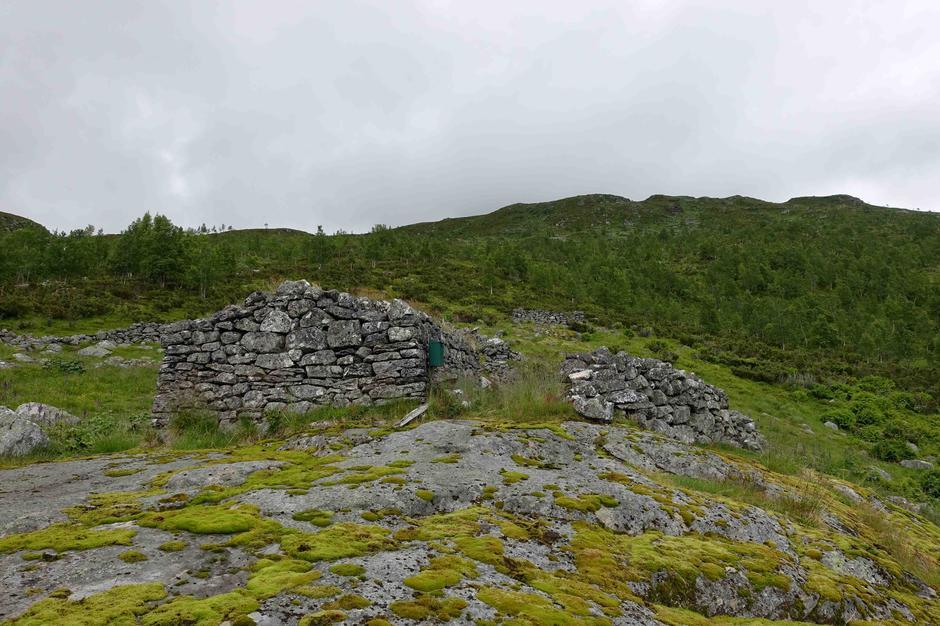 Stølen Ormsete øvst i Nundalen.