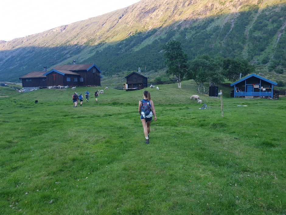 Straks hjemme på Grøvudalshytta etter en lang dag i fjellet.