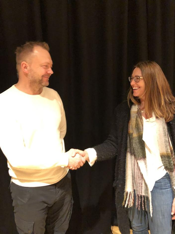 Heidi ønsker Bengt velkommen som ny styreleiar