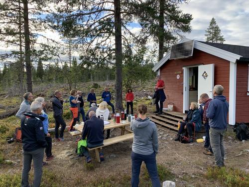 Spleiselag og dugnadsinnsats på Halgutusveen