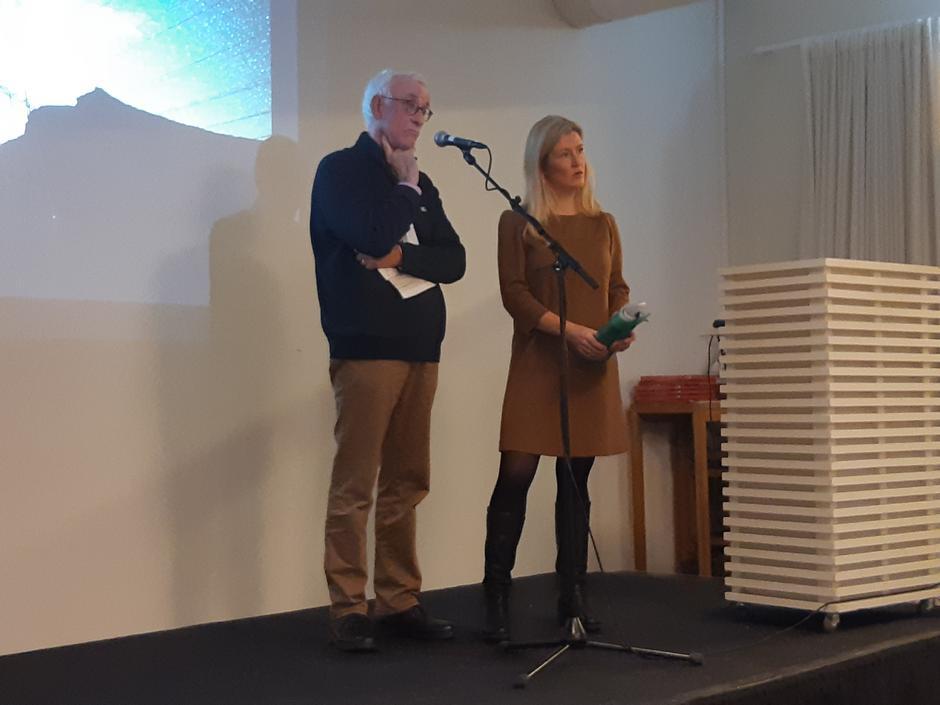 Georg Fredrik Rieber-Mohn vart intervjua om hytteutbygging i fjellet av tidlegare direktør i Virke, Hilde Charlotte Solheim.