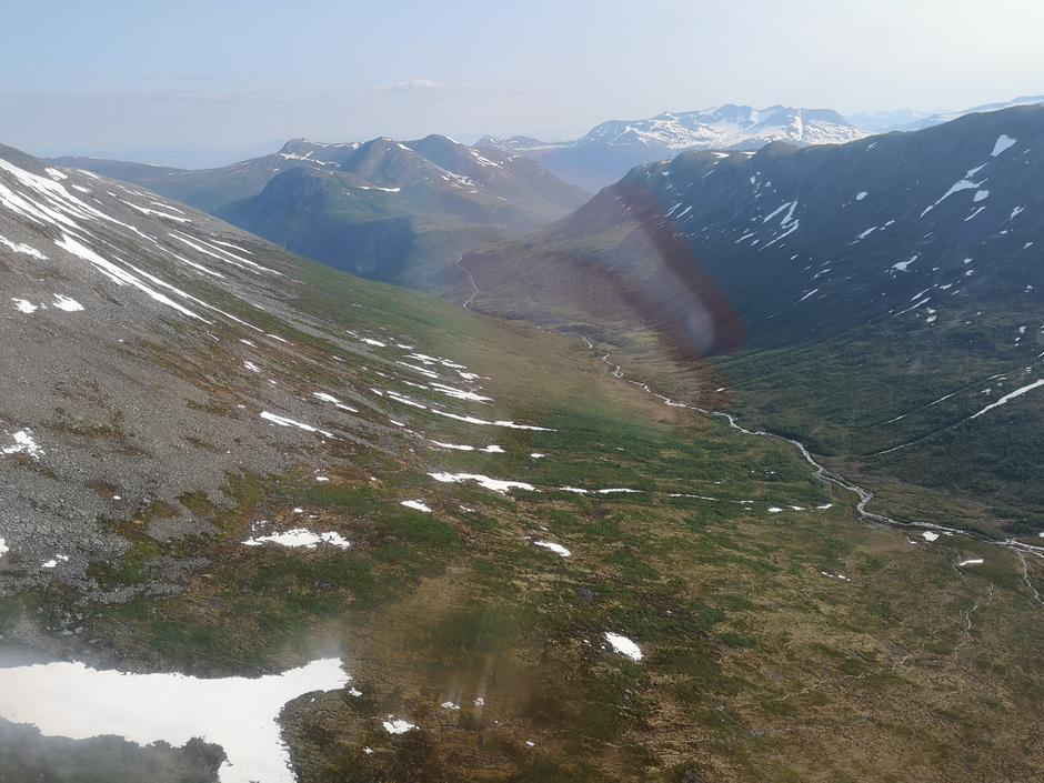 25.06.2020: Horndalen fra helikopter.
