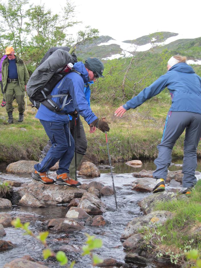 5 En hjelpende hånd til deltaker Magne Midtbø