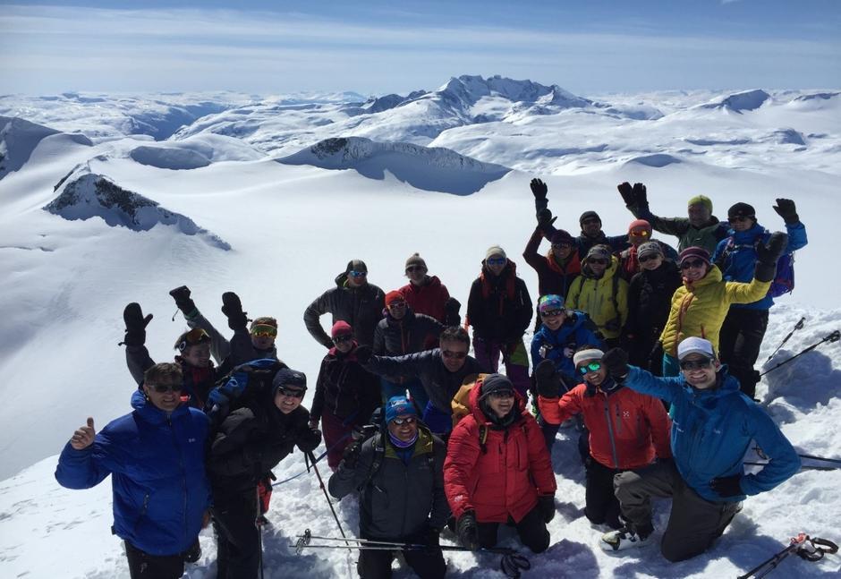 Sogndal Turlag på Storebjørn (2222 moh.) 1. mai 2017