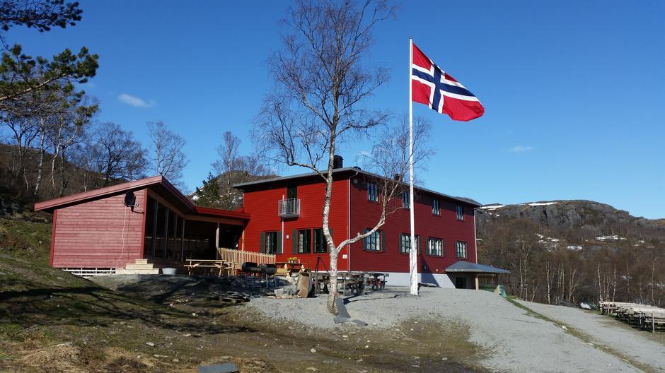 Velkommen til Olalia Fjellstove hver dag fra 19. juni til 16. august