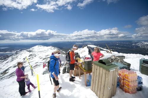 Full fart til norges vakreste topp