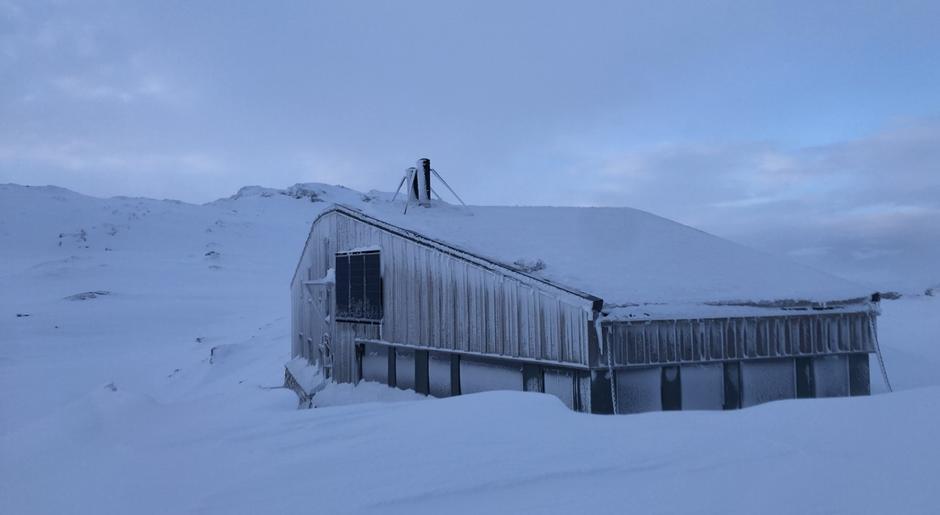 Lørdag 13.3: Breidablik i Kvammafjella. Påfyll av snø.