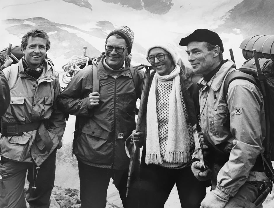 BROBYGGER:  Da Knut M. Ore (til venstre) ble valgt til formann for DNT i 1986, vant diplomatiske løsninger over steile fronter i Norske Turistforeningers Forbund.