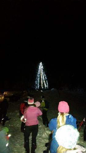 Julegrantenning på Loftfjellet