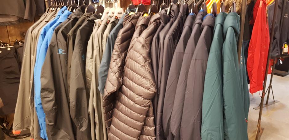 Mye og velge i av jakker og mellombeklending.